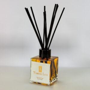Senusal Oud reed diffuser